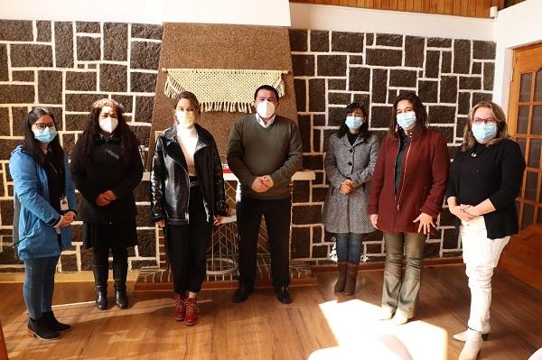Seremi de la Mujer y la Equidad de Género se reunió con alcalde de El Quisco