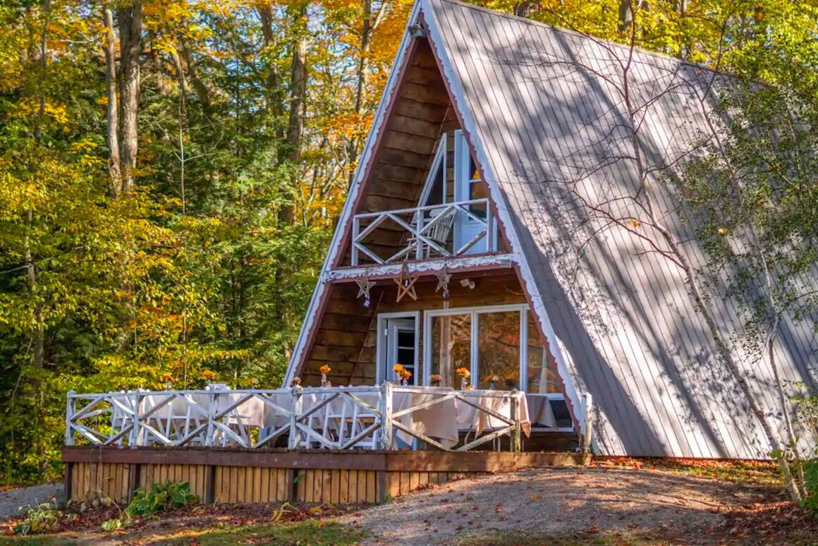 Coziest A-Frame Rentals in Ontario Images of Canada
