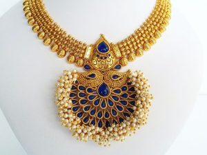 Mughal Style Pendant Attigai & Jhumkas