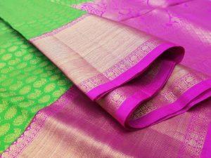Parrot Green & Hot Pink Handloom Pure Kanchipuram Silk Saree