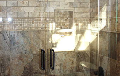 New European Frameless Bathtub Doors