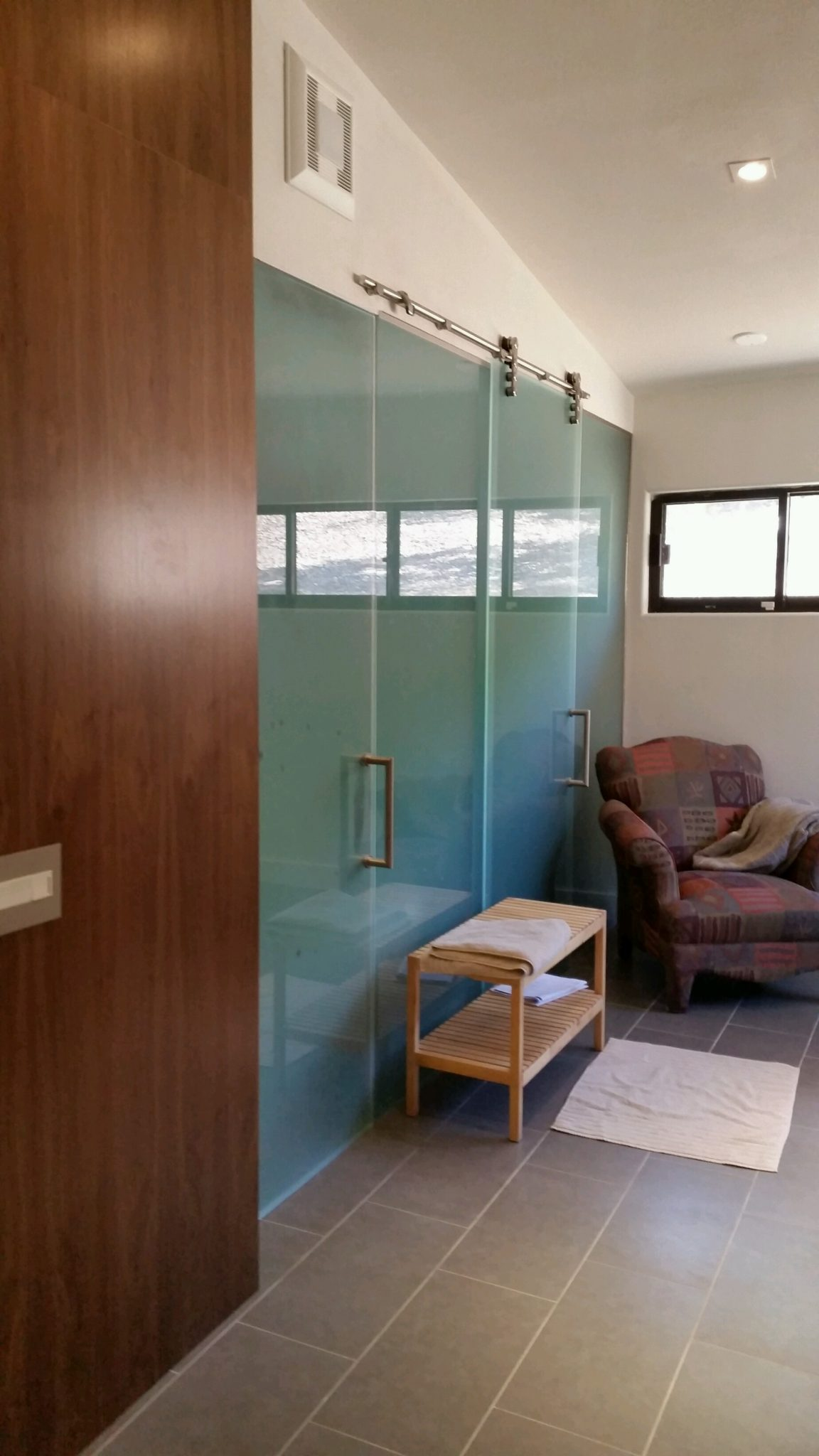 Do It Yourself Home Design: Satin Etch Privacy Glass