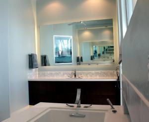 Standoff vanity mirror