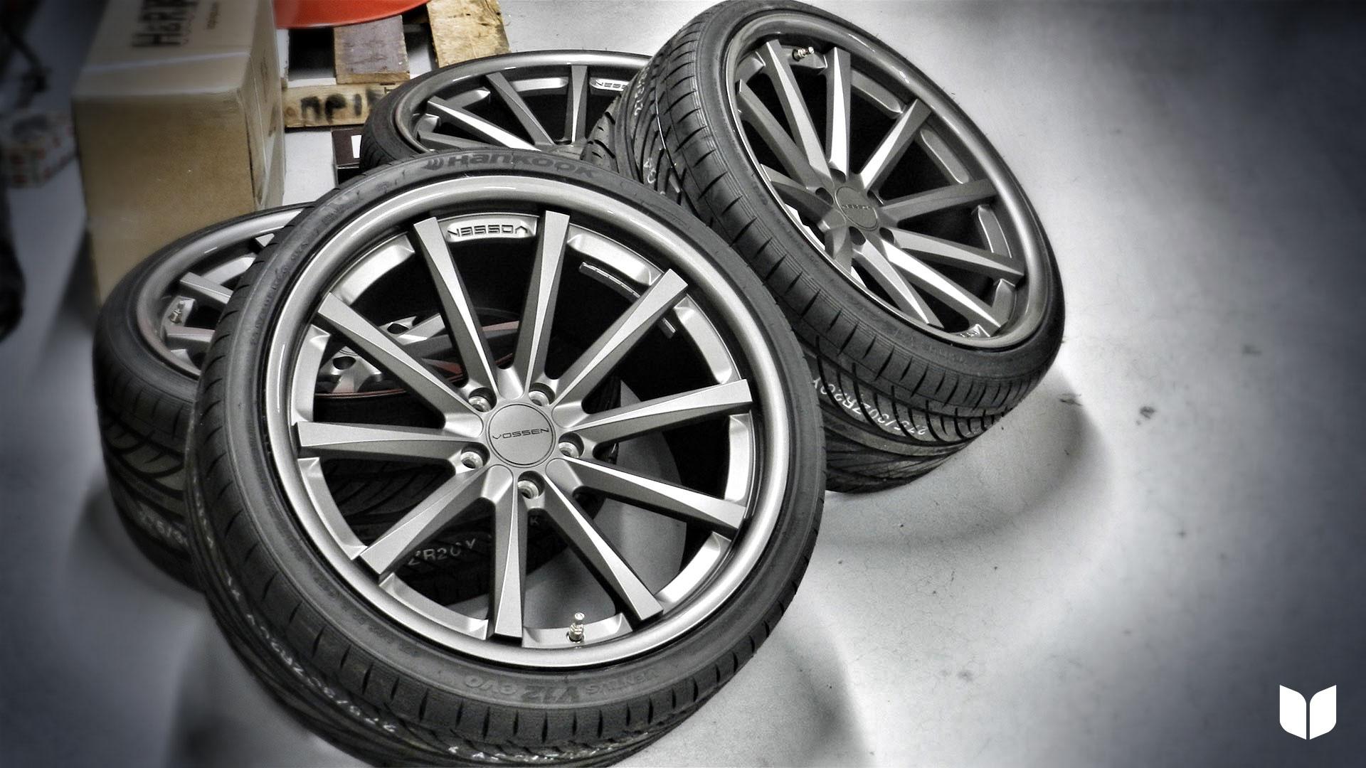 Extra Wide 20`` Vossen Wheels