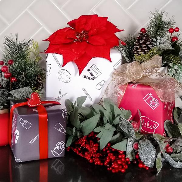 Holiday Gift Wrap (3 Sheets)