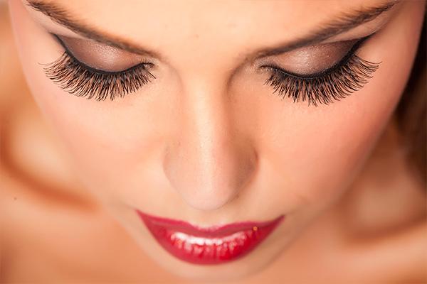 eyelashes-01