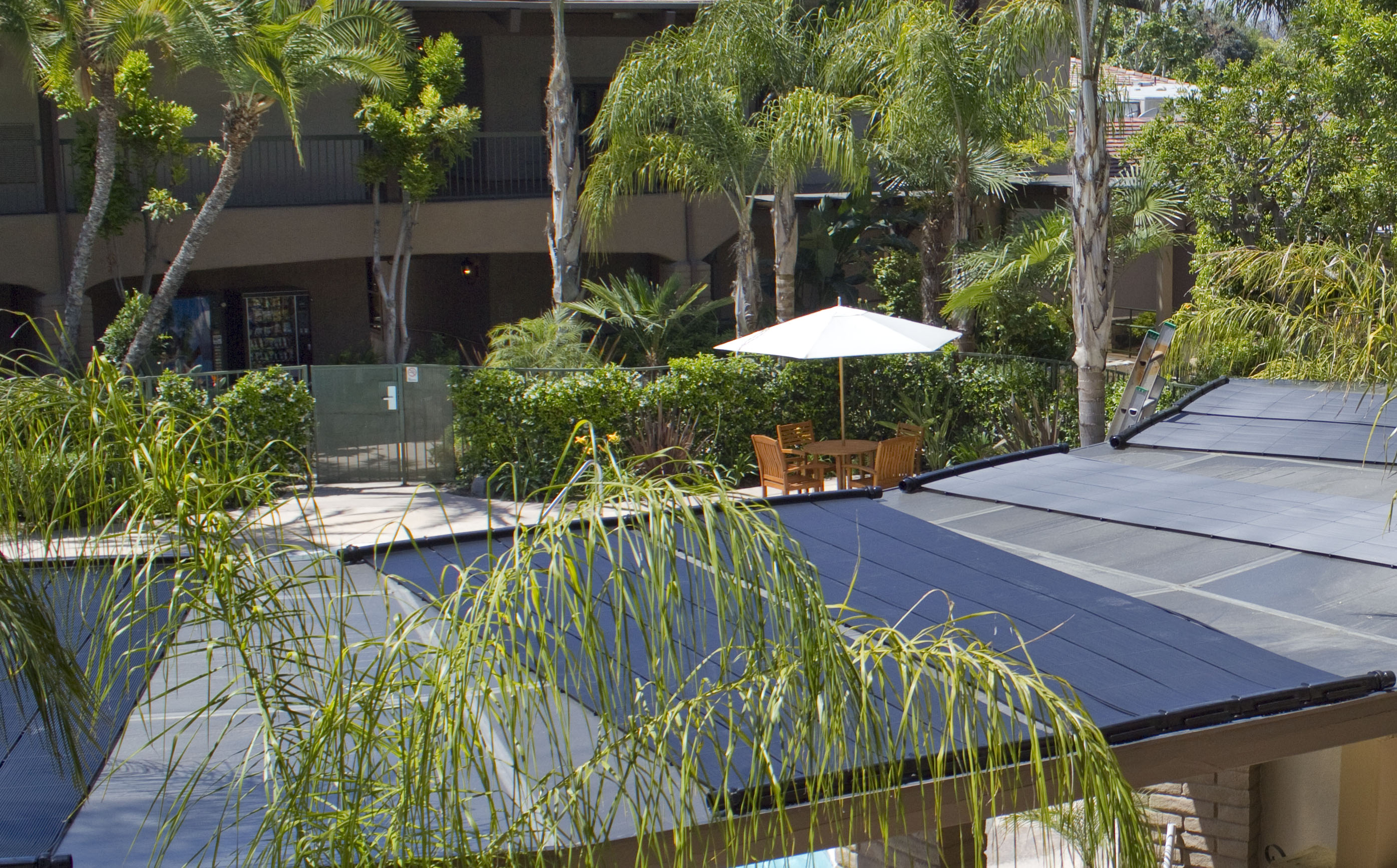 Doubletree saved over $1000 per month by going solar.