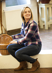 Charlotte Wakefield in rehearsals for the National tour of OKLAHOMA! credit Pamela Raith (2)