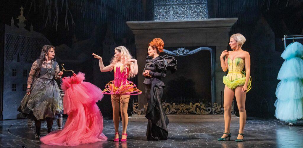 Cast of Andrew Lloyd Webbers Cinderella