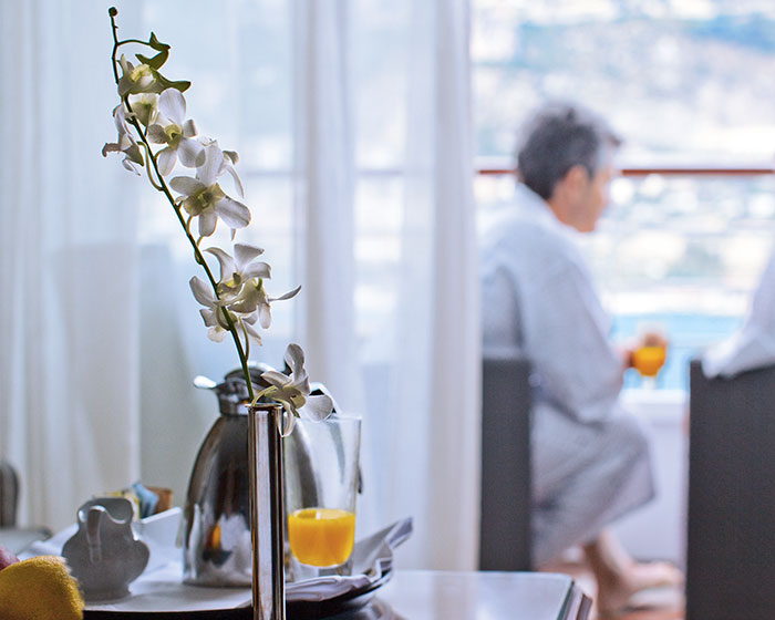 crystal-serenity-accommodations-penthouse-suite-with-verandah-butler-service-orange-juice-coffee