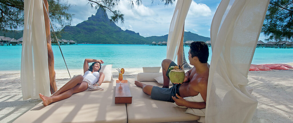 gallery-images_1640x690_CG.H_IC_Thalasso-daybed_262d45cb17