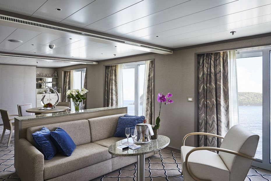 silversea-luxury-cruises-silver-shadow-owner-suite