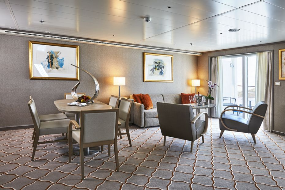 silversea-ship-silver-shadow-royal-suite-02
