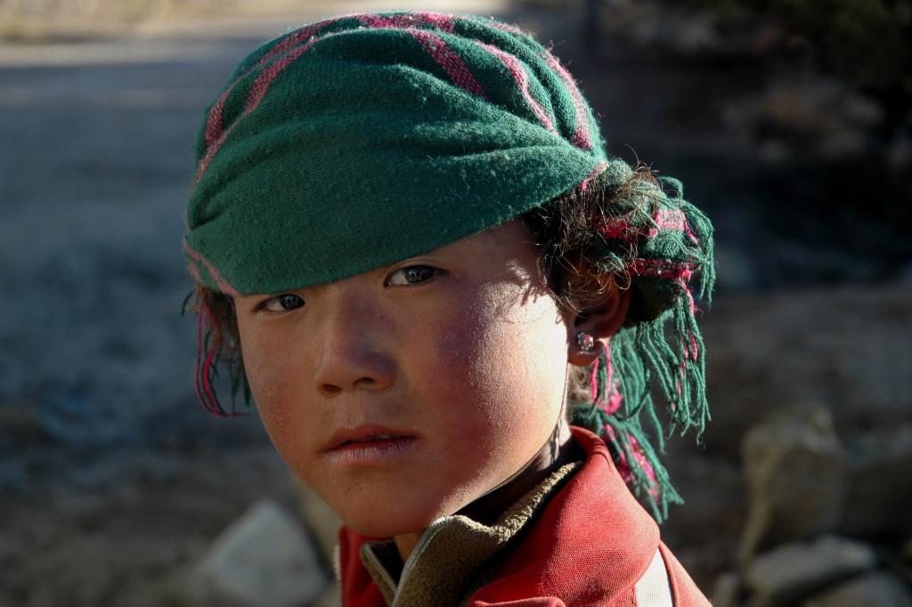 shutterstock_3695986 tibetan girl tibet