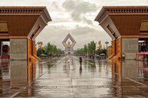 shutterstock_111913808 Shaanxi, The modern part of Famen Temple