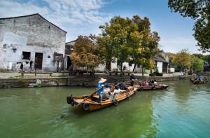 shutterstock_115666711 boat on water in suzhou jiangsu