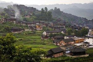 shutterstock_29047774 Guizhou, SIZE, VILLAGE SCEN