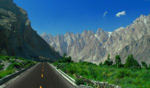 Karakoram Highway connecting China and Pakistan