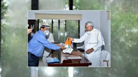 दानापुर मंडल के रेल प्रबंधक ने सूबे के सीएम नीतीश कुमार से की मुलाकात
