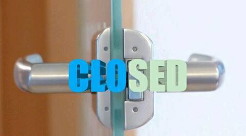 आरा में आदेश का अनुपालन नही करने वाले 6 दुकानों को कराया गया बंद