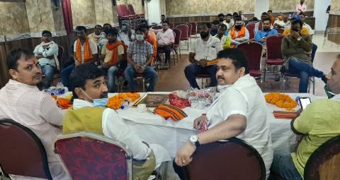 Ara-BJP-Business-Cell-prem-pankaj.jpg