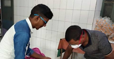 Charpokhari-Nagri-Bazaar-injured.jpg
