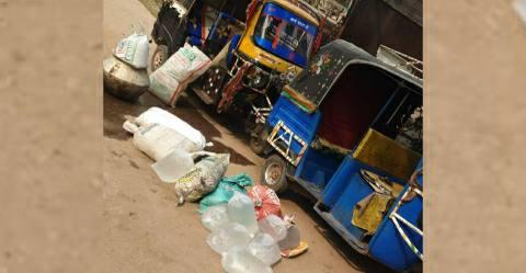 Jagdishpur-liquor-autos.jpg