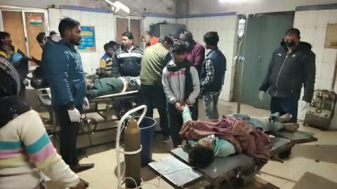 Behra overbridge auto overturns, nine injured in Buxar