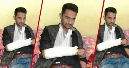 JDU national leader beaten and broke his hand