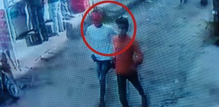Search for three robbers including liners in jewelery loot
