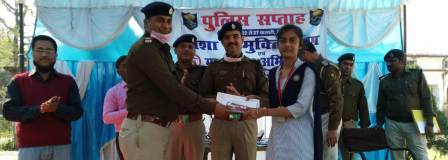Priya gets first prize in speech competition