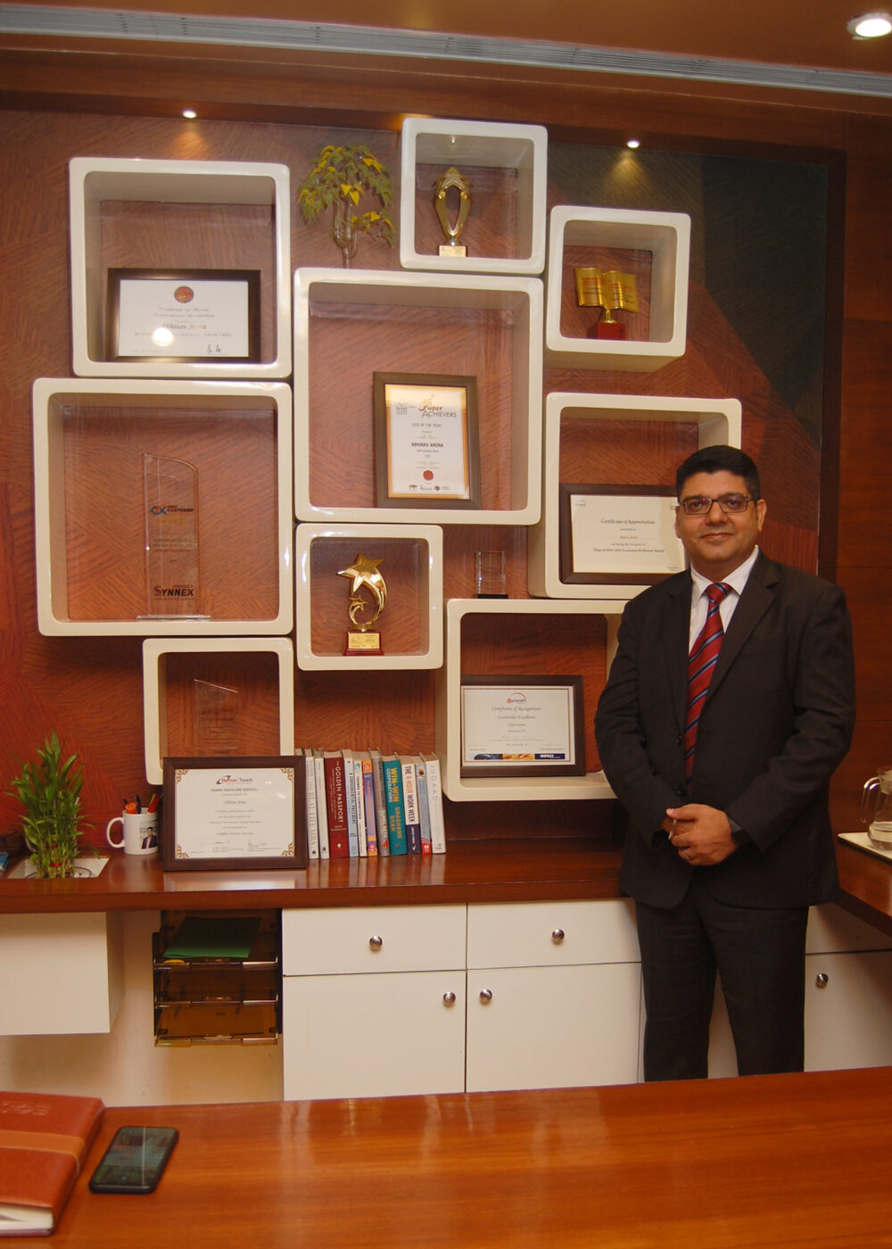 Abhinav Arora, Eureka Outsourcing Solutions: Building strong connections to surge ahead