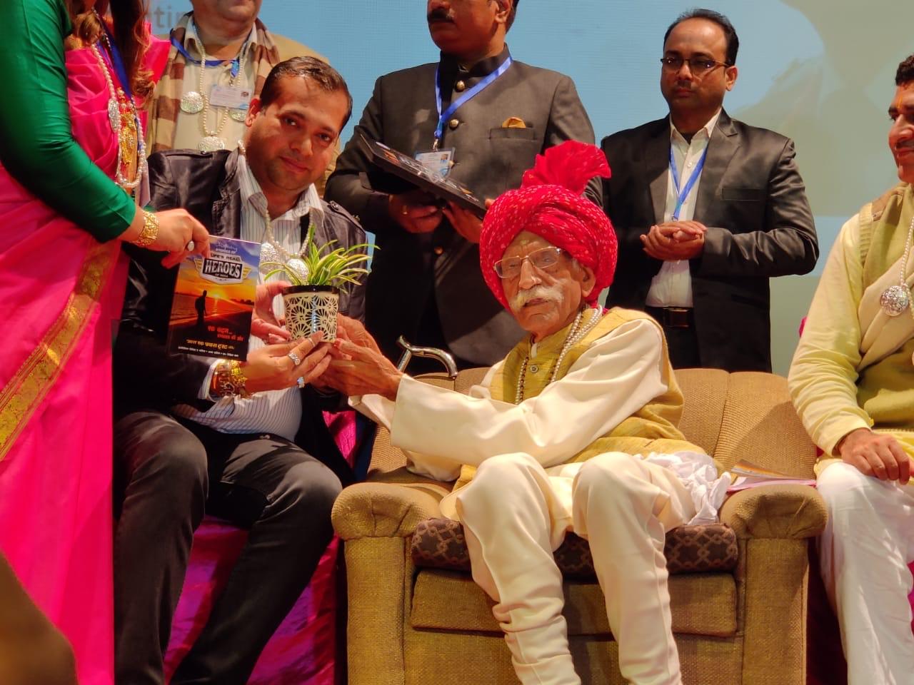 Ajay Harinath Singh, Darwin Platform: A Genius, a Great Indian Entrepreneur