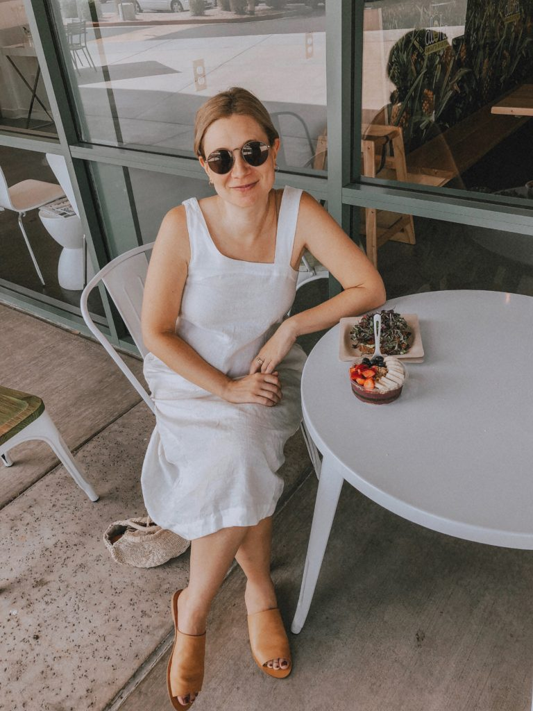 Minimal Phoenix, Arizona Travel Capsule: Casual Linen Dress