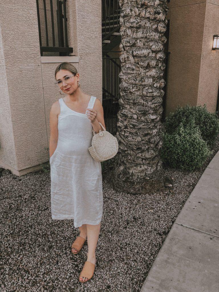 Minimal Phoenix, Arizona Travel Capsule: White Linen Dress