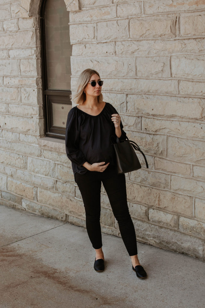 An all black outfit, outfits that transition to fall, maternity style, black loafers, everlane review, everlane day loafer, everlane day tote mini, everlane air ruched blouse, all black summer outfit