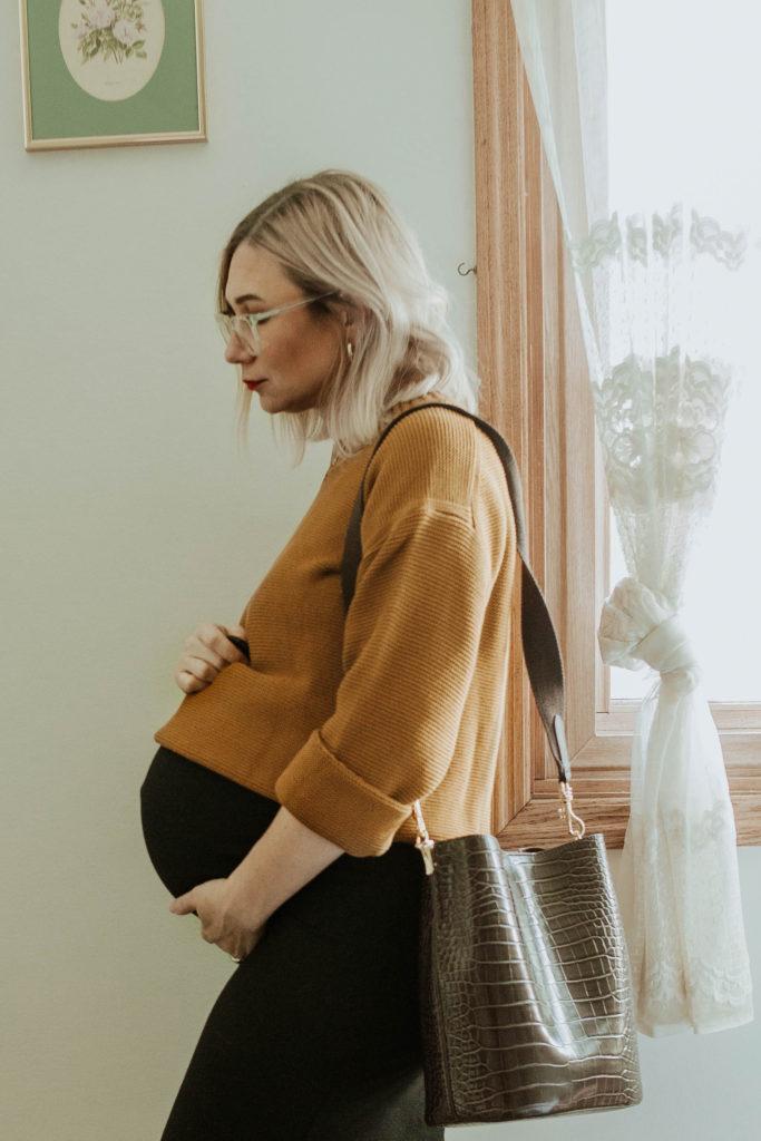 third trimester fall outfits, everlane link stitch crew sweater, storq dress, crocodile purse
