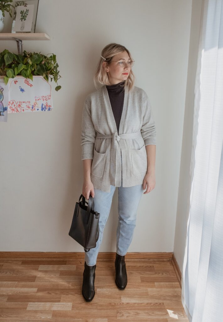 Fall Lookbook Featuring Postpartum Friendly Options
