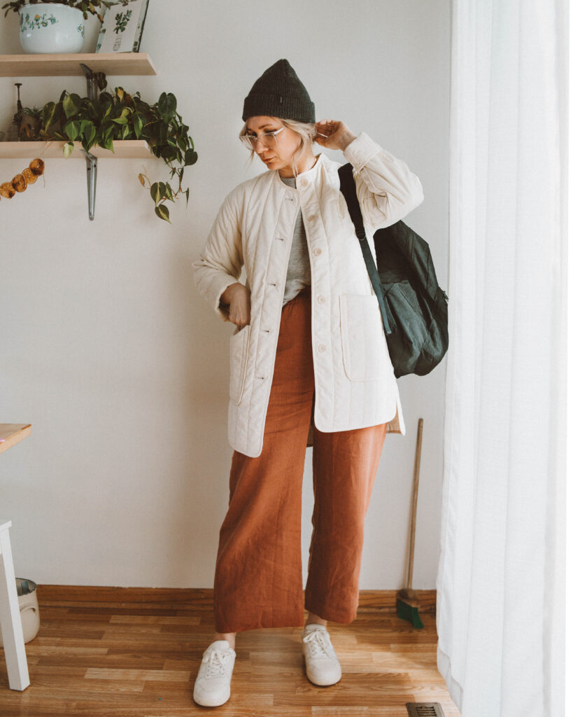 Hats and Sneakers: A Week of Casual Outfits
