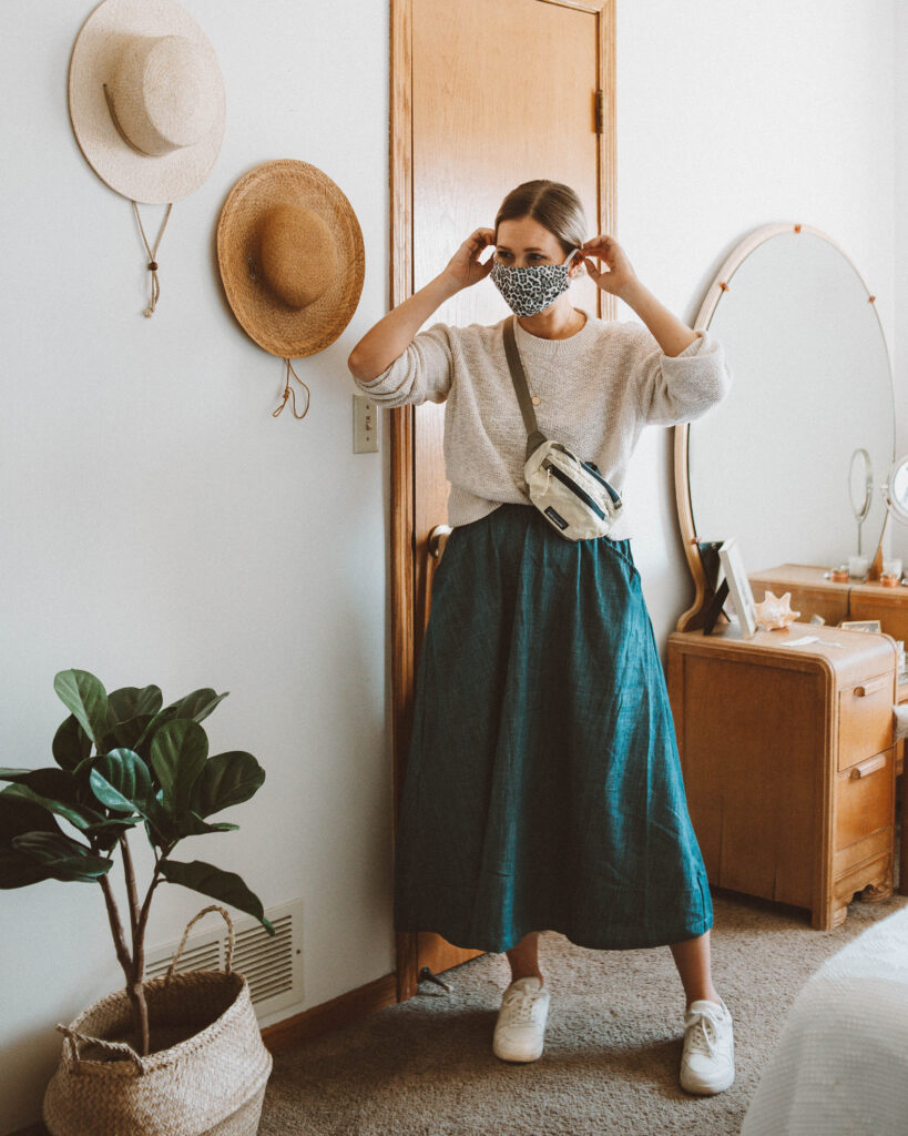 A Week of Outfits: Minimizing my Closet, Curator San Francisco fawn skirt, everlane cotton linen crew in sand, patagonia hip pack, tread sneakers