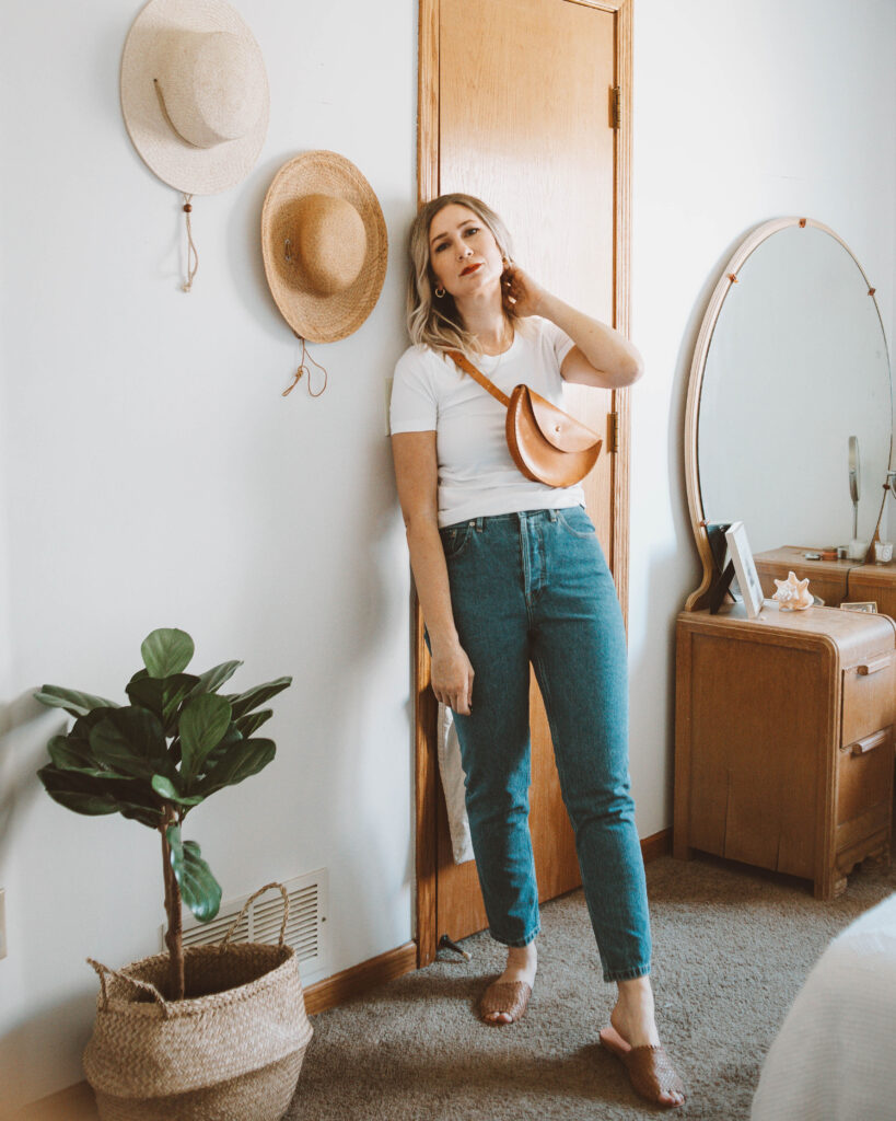 Styling a Basic Tee: 10 Different Outfit Ideas, everlane microrib tee