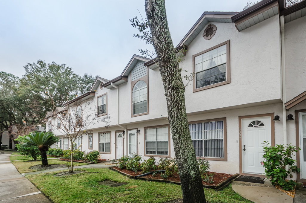 (Palm Harbor Townhome)