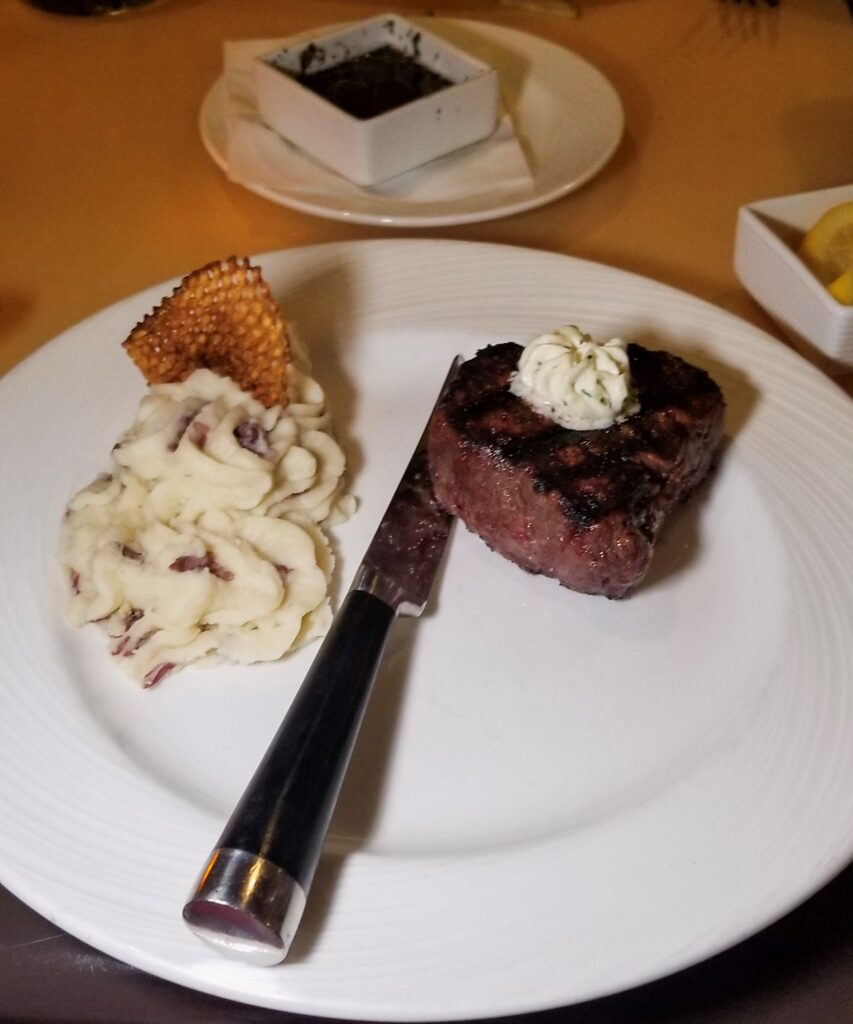 guppys steak dinner