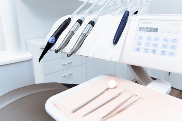 philadelphia pa dental implants teeth whitening general dentistry braces checkups reconstruction invisalign redlion road bustleton avenue verree road