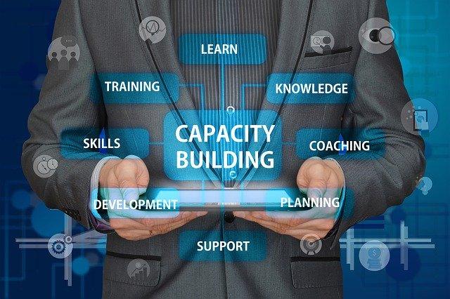 Businessman Tablet Concept  - geralt / Pixabay