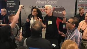 trade show magician in Orlando presents marketing message