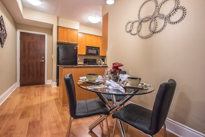 Platinum Suites - Short Term Rentals Mississauga