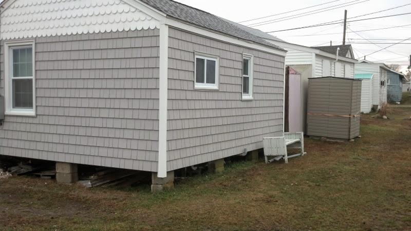 beach house siding
