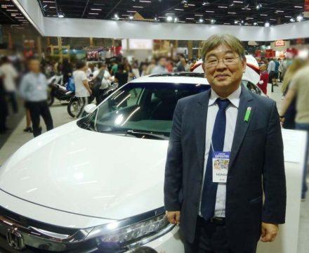 Paulo Takeuchi da Honda South America no estande da Honda no Festival do Japão. Foto: Amauri Yamazaki