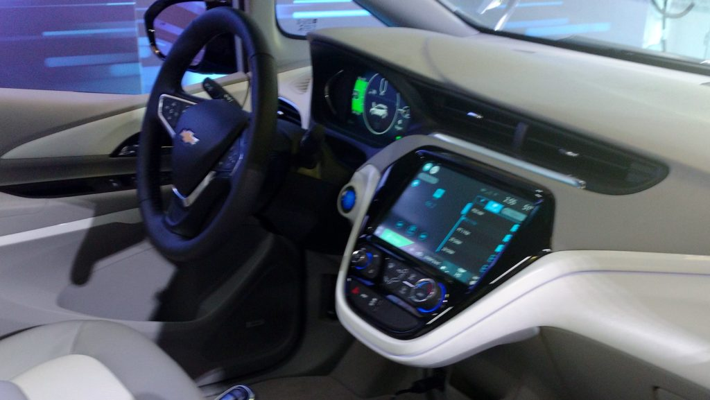 2017_Chevy_Bolt_Interior